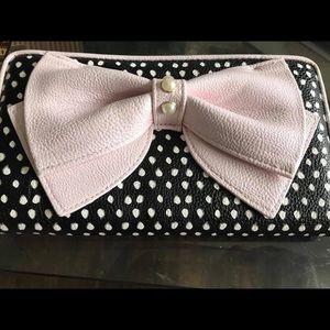 Handbags - Betsey Johnson wallet!